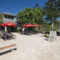 Cafe at Kapi'olani Beach Park.- Queen's Beach / Walls + Kapi'olani Beach Park