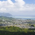 View north from Nu'uanu Pali Lookout looking north over Kāneʻohe Bay with Mokoli'i (Chinaman's Hat) Island in the distance.- Nu'uanu Pali Lookout