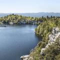 Lake Minnewaska and the Catskill Mountains.- Minnewaska State Park Preserve