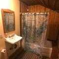 Restroom in Cabin 1.- Jawbone Flats