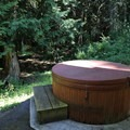 Rae Leigh Heights Bed and Breakfast hot tub.- Rae Leigh Heights Bed + Breakfast
