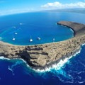 Aerial photo of Molokini Crater looking north. Photo by Bossfrog (CC BY-SA 4.0).- Molokini Crater Snorkeling + Diving Tour