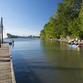 Sellwood Riverfront Park Beach and marina.- Sellwood Riverfront Park Beach