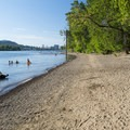 Sellwood Riverfront Park Beach.- Sellwood Riverfront Park Beach