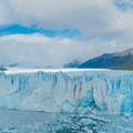 You can start to see the icebergs floating in the water.- Mirador Perito Moreno