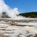 Great Fountain Geyser.- Firehole Lake Scenic Drive