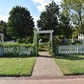 Fort Smith officers' garden.- Fort Smith National Historic Site