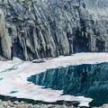 Aqua waters of Precipice Lake.- Mineral King Loop: Timber Gap to Sawtooth Gap
