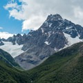 Incredible mountains on the right (Cerro Solo pictured).- Huemul Circuit
