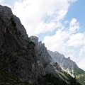 Hiking in the Dolomites.- Alta Via No. 2