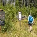 Howe Lake Trailhead.- Howe Lake Trail