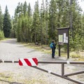 Trailhead to Lone Star Geyser.- Lone Star Geyser Hike