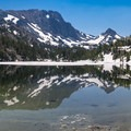 Half frozen Skeleton Lake.- Duck Pass via Wood Lakes + Duck Pass Trail