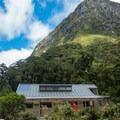 Mintaro Hut.- New Zealand Great Walks: Milford Track
