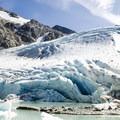 The base of Wedge Glacier.- Mount Weart