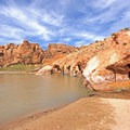 On the banks of the Virgin River.- Babylon Arch Trail to the Virgin River