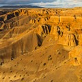 Orange cliffs of the Little Painted Desert.- Little Painted Desert