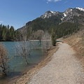 You can start the trail by walking along the lake for a short while from the main parking lot of the reservoir. - Tibble Fork Loop