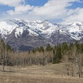 Early spring means that the peaks still have plenty of snow on them. - Tibble Fork Loop
