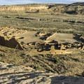 Pueblo Bonito overlook.- Pueblo Alto Trail