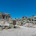 Mount Washington summit.- Lakes of the Clouds Hut + Mount Washington