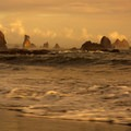 Sea stacks on Third Beach.- Toleak Point