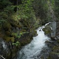 The turbulent Teeter Creek.- Teeter Creek Falls