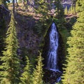 Obsidian Falls.- Middle Sister: West Approach