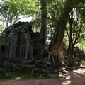Outer wall trail at sunrise.- Ta Prohm Temple