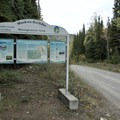 Information signage near the trailhead entrance.- Nonda Radio Tower Viewpoint