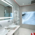 The bathroom in the Icelandic Suite, one of the Master Suites in the Hotel Rangá.- Hotel Rangá