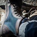 It comes with two shoelace options out of the box.- Gear Review: Lems Shoes Boulder Boot Men's