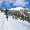The summit of Mount Miller from the Ridge Lakes Snowshoe.- 3-Day Itinerary in Lassen Volcanic National Park