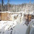 Paulina Falls.- The Best Snowshoeing Near Bend, Oregon