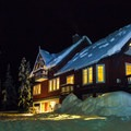 The Journeyman Lodge.- 10 Bucket List Lodges Perfect for Winter