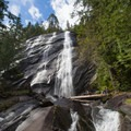 Bridal Veil Falls.- 5 Must-See Waterfalls in Washington State