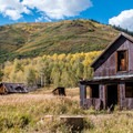 An old homestead along the Hunter Creek Trail, Highway 82.- When and Where Fall Foliage Will Peak This Autumn