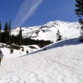 The approach to Helen Lake.- Mount Shasta's 9 Best Day Hikes