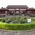 Peninsula Park community center.- City Parks You Definitely Need to Visit