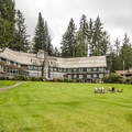 Lake Quinault Lodge.- Olympic Peninsula Waterfall Road Trip