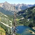 Lake Ann from Maple Pass Trail.- Best Hikes for Fall Colors in Washington