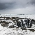 Thor's Well at Cooks Chasm.- An Oregon Winter Road Trip