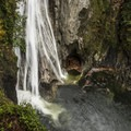 135-foot lower Twin Falls.- The West's 100 Best Waterfalls