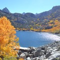 Lake Sabrina.- 15 Perfect Day Hikes to Find Fall Foliage