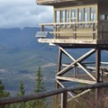 Green Ridge Lookout.- Fire Lookouts of the West
