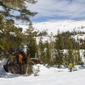 Peter Grubb Ski Hut.- Backcountry Skiing in California