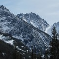Looking south to Dragontail (8,842 ft) and Colchuck (8,705 ft) peaks from Eightmile Trail.- Amazing Snowshoe Trails in Washington