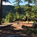 A typical site at Kinnikinnick Campground.- Best Lake Camping in Oregon