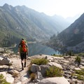 Hiking down to Emerald Lake.- Hiking in the Trinity Alps