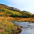 River winding along the Marvine Lake Trail.- When and Where Fall Foliage Will Peak This Autumn